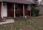 Foreclosed Home en OGLESBY CT, Fairdale, KY - 40118