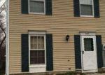 Foreclosed Home en GREENWOOD DR, Clementon, NJ - 08021