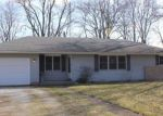 Foreclosed Home en HICKORY ST SW, Demotte, IN - 46310
