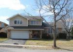 Foreclosed Home en CHESTER CT E, Aurora, IL - 60504