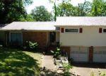 Foreclosed Home en CRESTVIEW DR, Hixson, TN - 37343