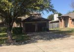 Foreclosed Home en MERCEDES DR, Arlington, TX - 76001