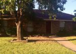 Foreclosed Home en MAYFAIR DR, Carrollton, TX - 75007