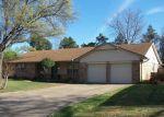Foreclosed Home en HUGHES CIR, Shawnee, OK - 74804
