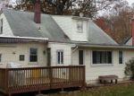 Foreclosed Home en CLAMER RD, Trenton, NJ - 08628