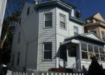 Foreclosed Home en 17TH AVE, Paterson, NJ - 07504