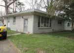 Foreclosed Home en SEMINOLE ST, Southfield, MI - 48033