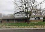 Foreclosed Home en TRINITY DR, Newton, KS - 67114