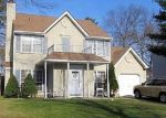Foreclosed Home en SEMINOLE DR, Absecon, NJ - 08205