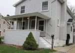 Foreclosed Home en WESTMORELAND AVE, Lansing, MI - 48915