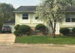 Foreclosed Home en PONDEROSA DR, Bolingbrook, IL - 60440