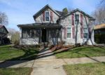 Foreclosed Home en S 3RD ST, Dundee, IL - 60118