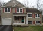Foreclosed Home en WINTERGREEN CIR, East Stroudsburg, PA - 18301