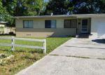 Foreclosed Home en CHERRY LAUREL DR, Jacksonville, FL - 32210