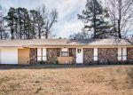 Foreclosed Home en WOODDALE DR, Little Rock, AR - 72209