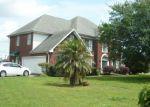 Foreclosed Home en LAKE TIMBERLANE DR, Gretna, LA - 70056