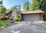 Foreclosed Home en NORTHLANE DR, Glen Carbon, IL - 62034
