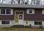 Foreclosed Home en PASTORS WALK, Monroe, CT - 06468