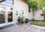 Foreclosed Home en LACOVIA DR, Indio, CA - 92203