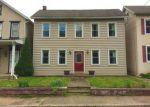 Foreclosed Home en LAURELWOOD RD, Pottstown, PA - 19465
