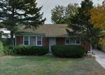 Foreclosed Home en N LOMBARD AVE, Lombard, IL - 60148