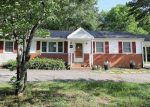 Foreclosed Home en KAREN DR, Ashland, VA - 23005