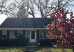 Foreclosed Home en S ALDINE ST, Elgin, IL - 60123