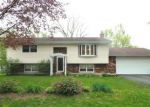 Foreclosed Home en SPRUCE LN, Mchenry, IL - 60050