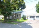 Foreclosed Home en DOVE LN, Lewiston, ME - 04240