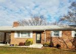Foreclosed Home en DANIEL DR, District Heights, MD - 20747