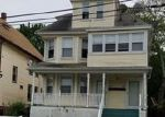 Foreclosed Home en EXETER ST, Bridgeport, CT - 06606