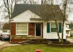 Foreclosed Home en LANCASTER ST, Harper Woods, MI - 48225