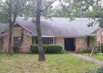 Foreclosed Home en SANTA MONICA DR, Denton, TX - 76205