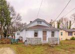 Foreclosed Home en SALEM AVE, Blackwood, NJ - 08012