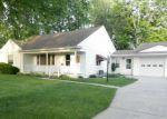 Foreclosed Home en E SCHAFER ST, Clinton Township, MI - 48035