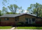 Foreclosed Home en W RONALD DR, Addison, IL - 60101