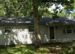 Foreclosed Home en E COLTON LN, Williamstown, NJ - 08094
