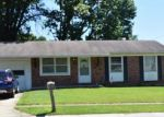 Foreclosed Home en IPSWICH LN, Saint Charles, MO - 63301