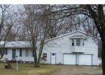 Foreclosed Home en VIRGINIA PARK DR, Lapeer, MI - 48446