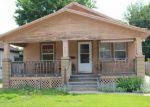 Foreclosed Home en PUTNAM AVE, Salina, KS - 67401