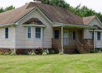 Foreclosed Home en OLD SUFFOLK RD, Windsor, VA - 23487