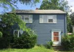 Foreclosed Home en SHANNON RD, Cleveland, OH - 44118