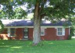 Foreclosed Home en PRESTON WAY, Frankfort, KY - 40601