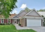 Foreclosed Home en PARKVILLE RD, Schaumburg, IL - 60194