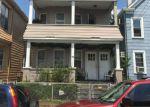 Foreclosed Home en VAN WINKLE AVE, Garfield, NJ - 07026
