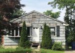 Foreclosed Home en PEET ST, Bridgeport, CT - 06606