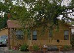Foreclosed Home en QUEEN ST S, Saint Petersburg, FL - 33712