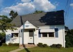 Foreclosed Home en MAPLE HILL RD, Clifton, NJ - 07013