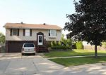 Foreclosed Home en ORIOLE DR, Streamwood, IL - 60107