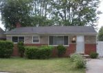 Foreclosed Home en BEACONSFIELD ST, Clinton Township, MI - 48035